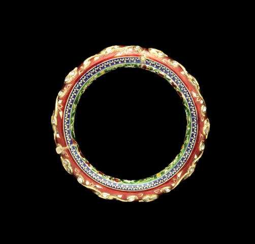 A diamond-set enamelled Bangle (Kada), Rajasthan, 19th-20th Century