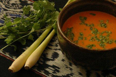 DSC_8010_Soupe_tomate_citronnelle_lait_coco