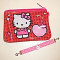 bracelet enfant Hello Kitty + pochette