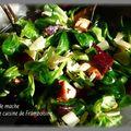 Salade de mache, betteraves et poulet