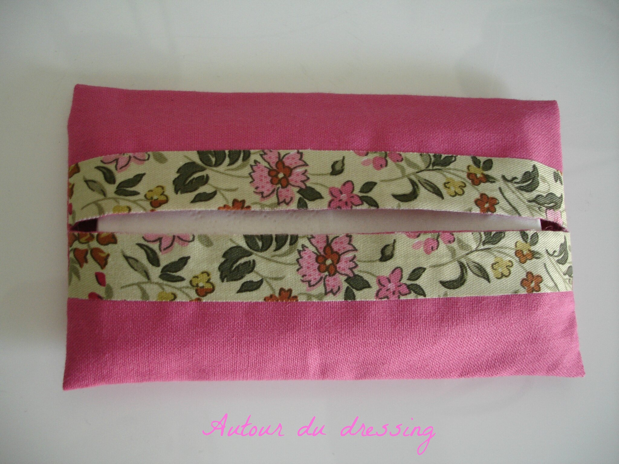 Couture facile pochette mouchoirsautour du dressing for Couture meaning in urdu