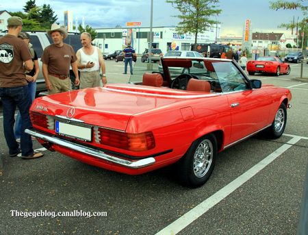 Mercedes 450 SL de 1980 version US (Rencard burger King aout 2011) 02