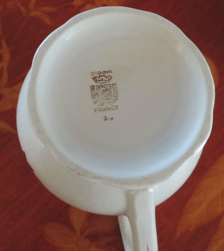 Pot a lait fond