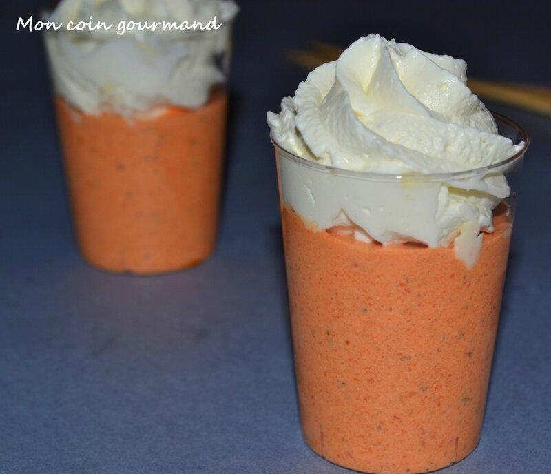soupe froide la carotte avec sa mousse de fromage frais mon coin gourmand. Black Bedroom Furniture Sets. Home Design Ideas