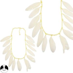collier_plumes_blanches