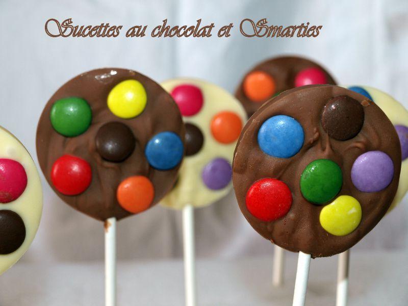 Sucettes au chocolat et smarties dans vos assiettes - Sucette au chocolat ...