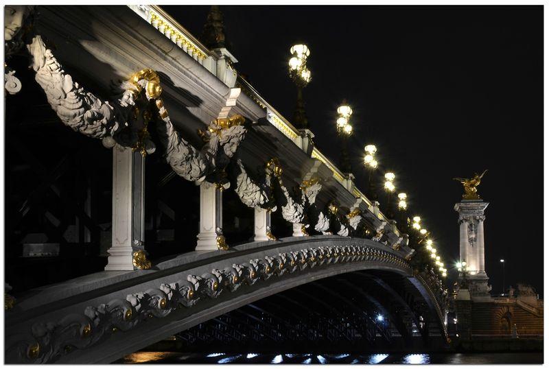 Paris_pont_Alexandre_III_nuit