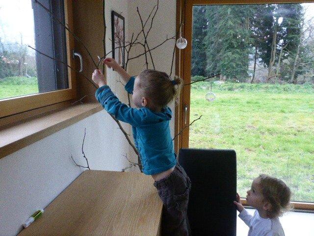arbre d'hiber accrocher boules (2)