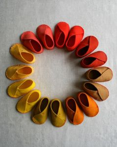 felt-baby-shoes-4-425