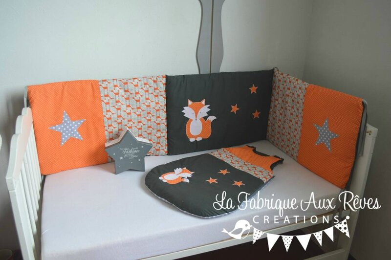 tour lit et gigoteuse renard toiles orange gris. Black Bedroom Furniture Sets. Home Design Ideas