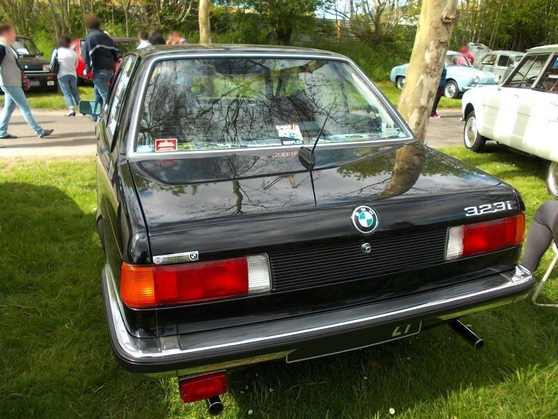 BMW323iE21ar