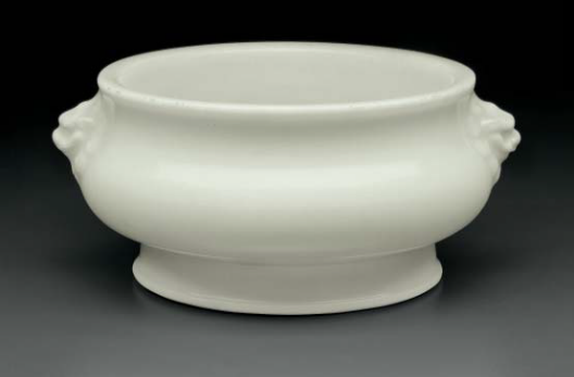 A Dehua bombé censer, China, late Ming-early Qing dynasty, 17th century