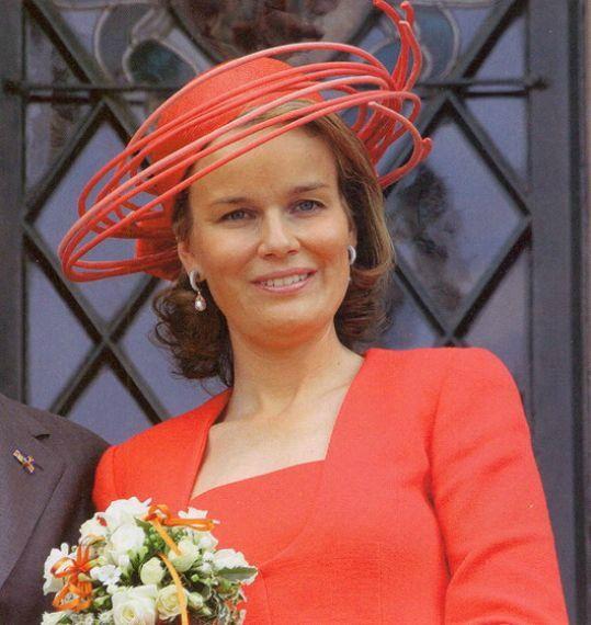 Mathilde chapeau de Fabienne Delvigne