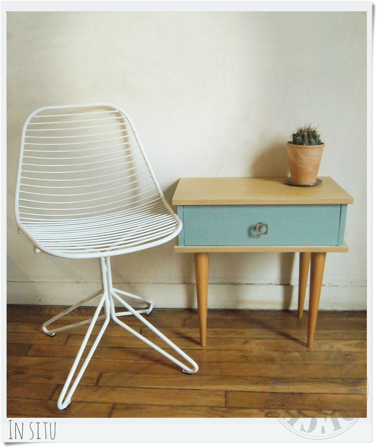 Chevet vintage bleu - in situ (2)