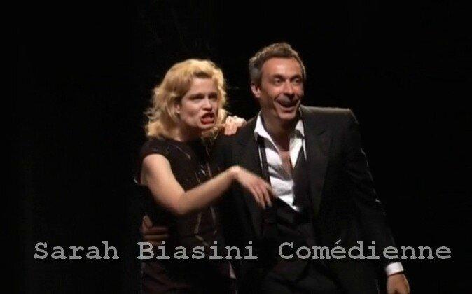 Emission t l matin sarah biasini com dienne for Telematin theatre