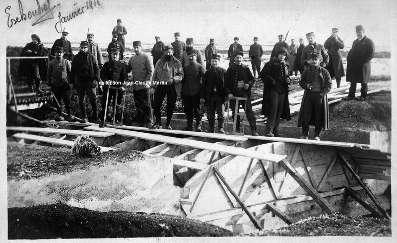 Eschenhof Janvier 1916 construction d'un pont - Copie