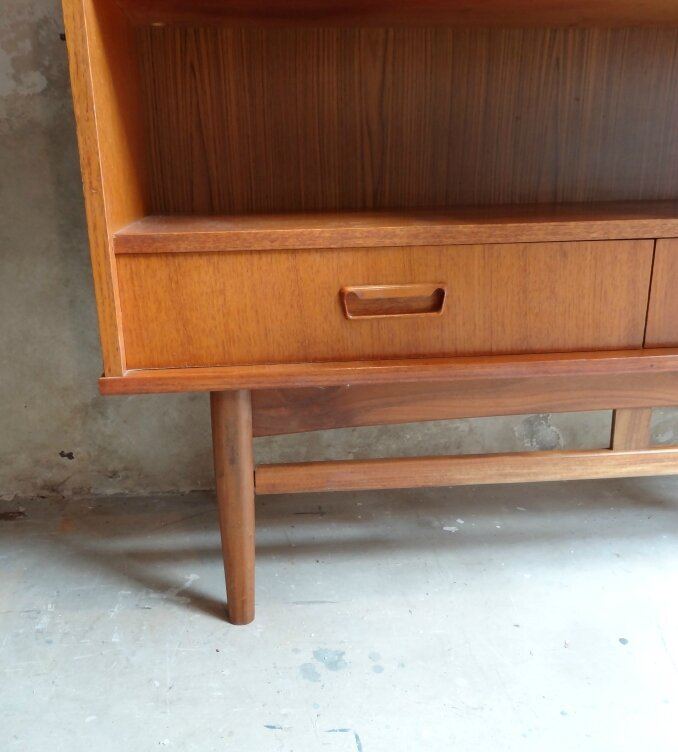 BUFFET SCANDINAVE TECK DETAIL