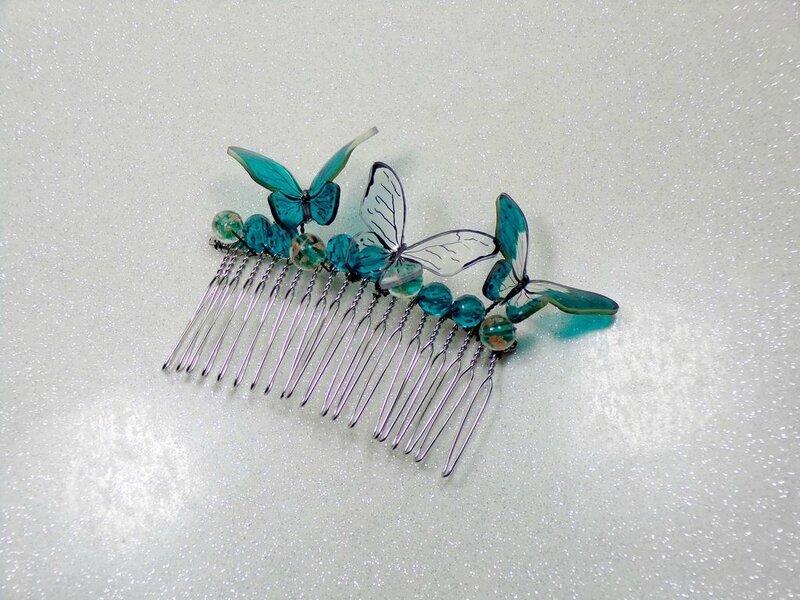 Peigne chignon mariée papillon perles