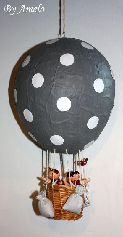Deux ans de travaux by amelo - Montgolfiere en papier ...