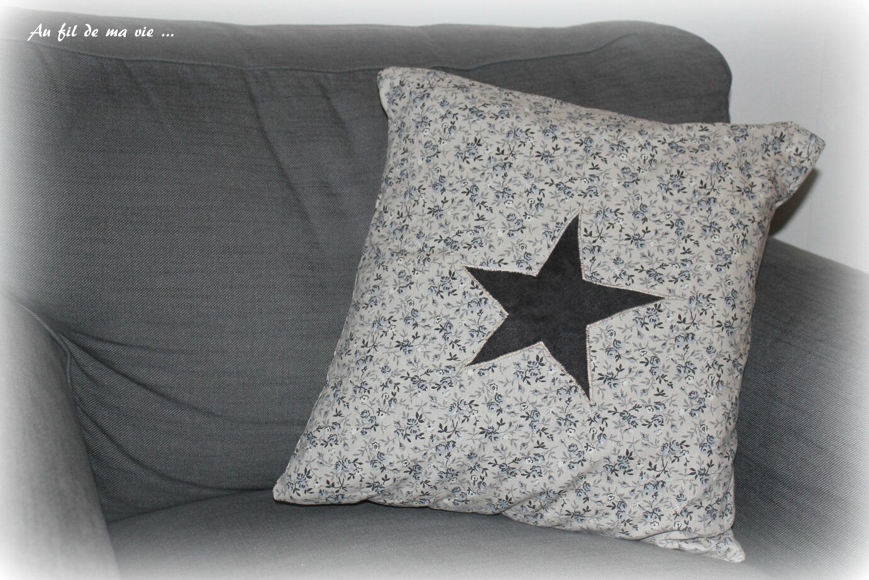 Coussin Homemade appliqué étoile coeur (1)