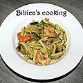 Escapade en cuisine de juillet - « je mets la main à la pâte » : pâtes aux crevettes et courgettes