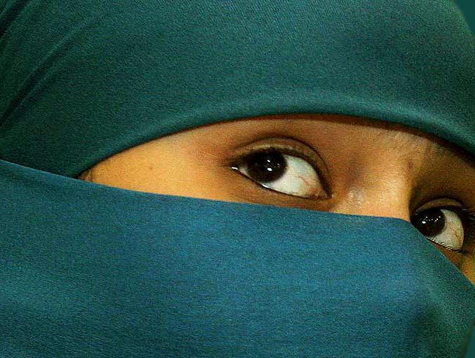 niqab2858_1170994721