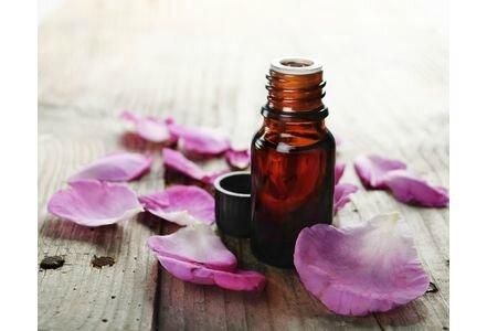 Anti-age-la-rose-musquee-un-elixir-de-vitalite-pour-la-peau_exact441x300