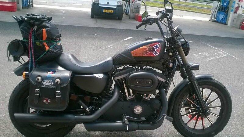 Harley Iron 883 Jacques Diximus