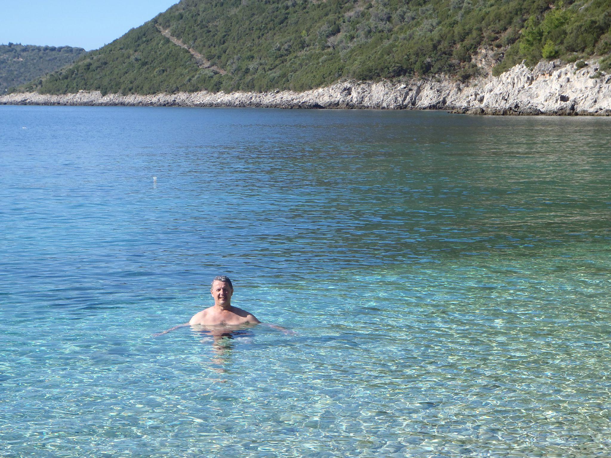 grece lefkas crique baignade matinale