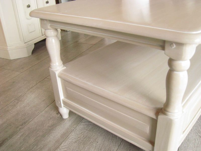 La table basse en merisier relook e patines couleurs - Relooker une table de salon ...