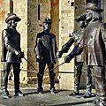 CONDOM, Cathédrale Saint-Pierre et les 4 Mousquetaires