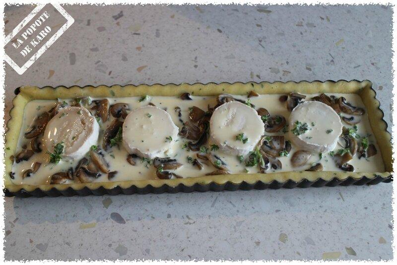 tarte champignons chèvre avant cuisson