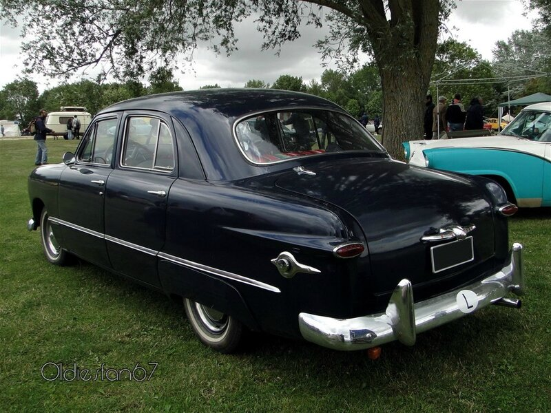 ford custom fordor sedan 1949 b