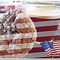 Cookies au beurre de cacahuètes, flocons d'avoine et pépites de chocolat de martha stewart