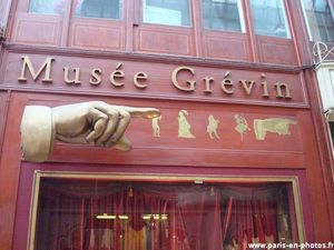 panneau-musee-grevin-