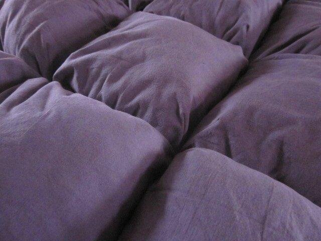 EDREDON 20 coussin en draps ancien teinté prune - doublure coton vieux rose (4)