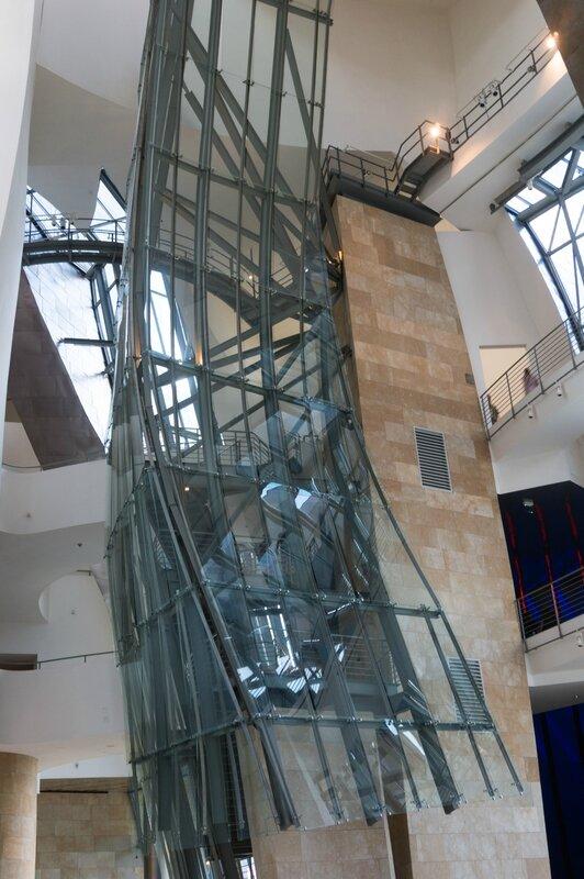 Intérieur du musée Guggenheim, Bilbao