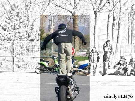 Motards_acrobates_15