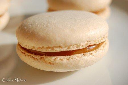 Macarons_caramel_2
