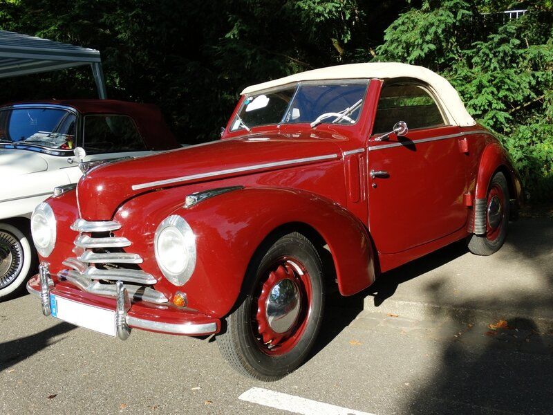 SKODA 1102 Tudor roadster 1949 Baden Baden (1)