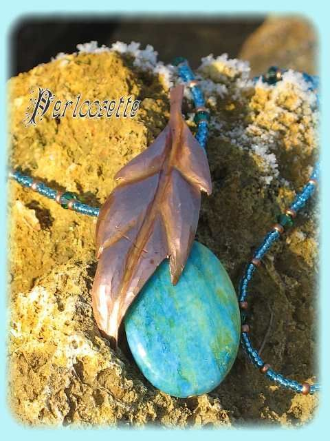 Feuille turquoise