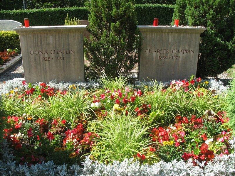 Corsier-sur-Vevey, tombes de Oona et Charles Chaplin (Suisse)