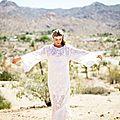 Un mariage bohème chic au milieu du désert