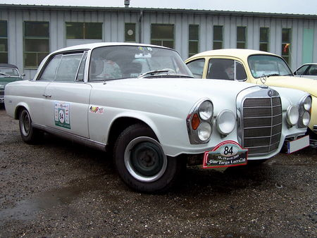 MERCEDES_220_SE_Coupe__1_