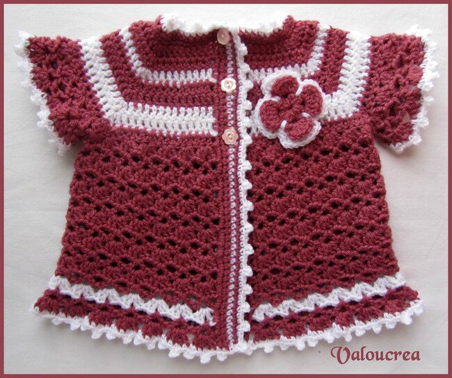 Site Crochet : Ensemble bEbE fille au crochet - Valoucreatissus