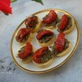 Bouches de tapenade et tomates confites sur fond de polenta pour ensoleiller les soires dhiver