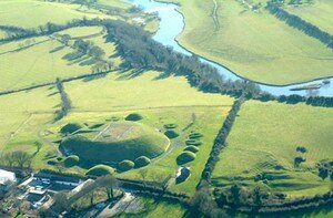 Newgrange_Knowth__21_a