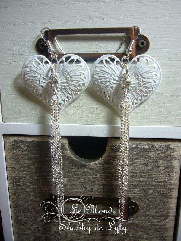 boucles oreilles coeur fer blanc