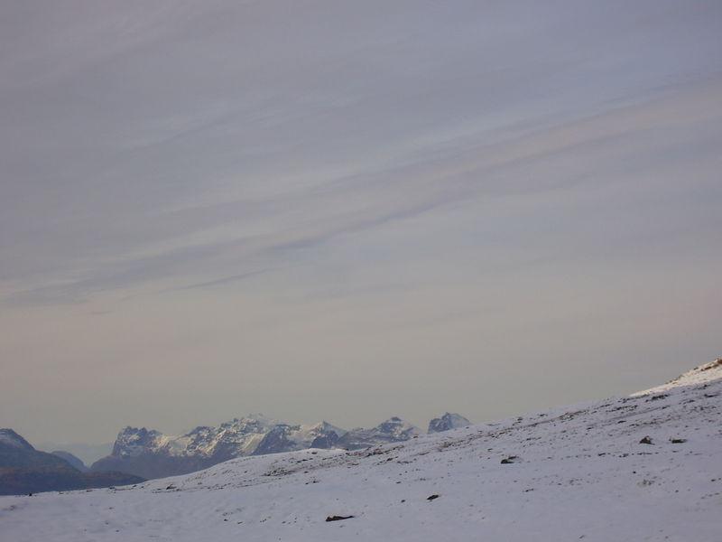 04-10-08 Tromsdalstind et neige (99h)