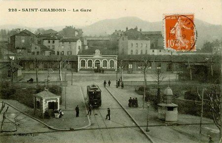 gare_et_tramway
